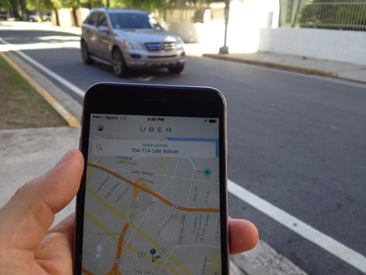 Uber é serviço como o de táxis, decide corte da União Europeia