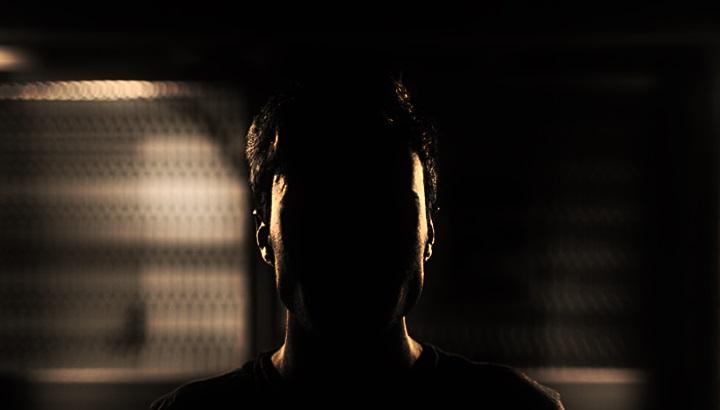 0_shadow_it_intro-100709139-pexels_large-3x2
