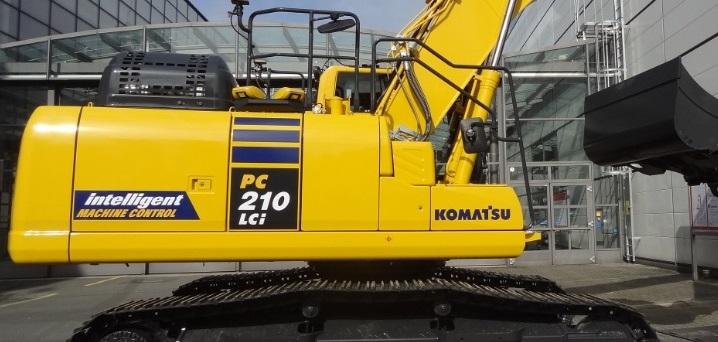 escavadora_komatsu-100714044-orig